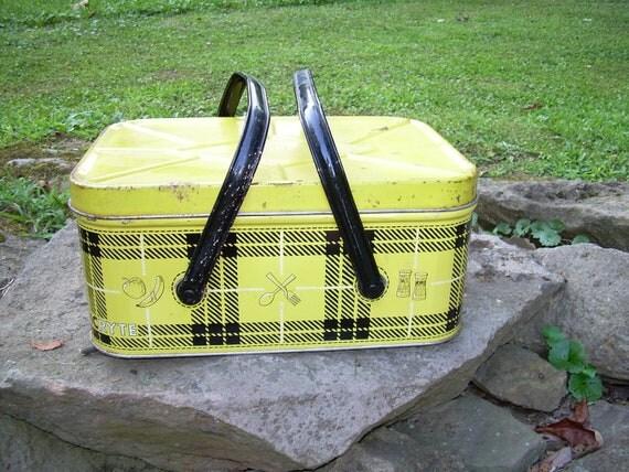 Yellow And Black Plaid PicnicRyte Tin Picnic Basket