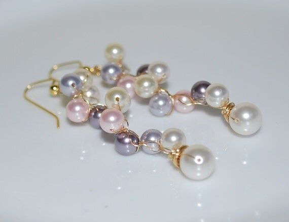 Bridal Pearl Earrings, Gold Wire Crochet Earring, Cluster Crystal Pearl Earrings, Pearl Earrings, Wedding Jewelry, White, Cream, Multi-color