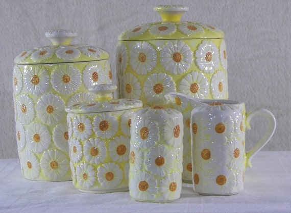 Daisy Canister Set Salt and Pepper Creamer Sugar Japan  Item Has Been Reduced by 20%