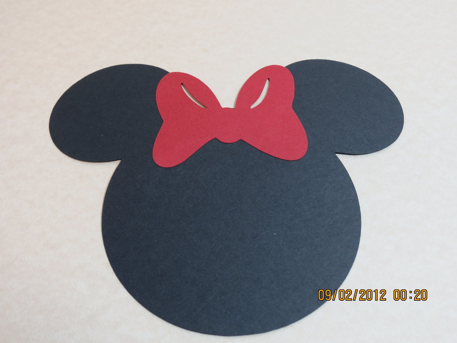 5 Minnie Mouse Silhouette with Bow