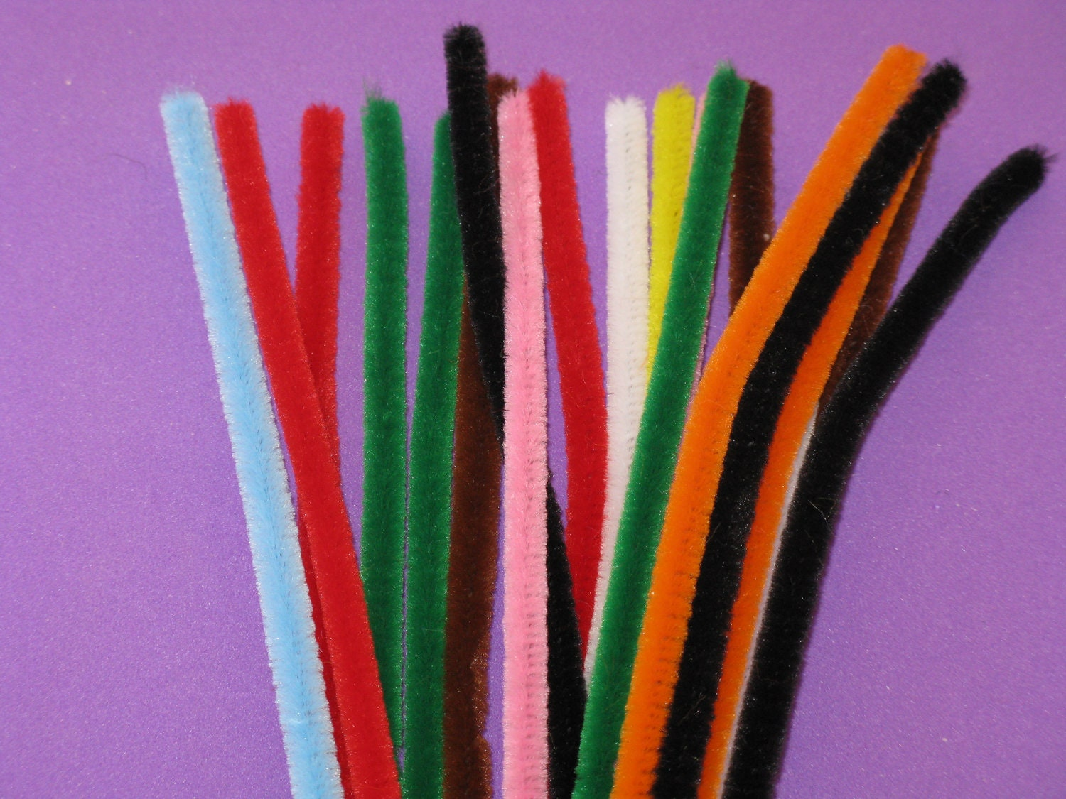 Craft chenille wire stems or pipe cleaners assorted colors 20 for Pipe craft