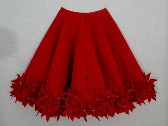 60' Christmas Tree Skirt In A Deep Red Premium Felt By