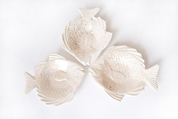 Ceramic Fish Plates White with Gold Flecks Set of Three Mid Century Home Decor