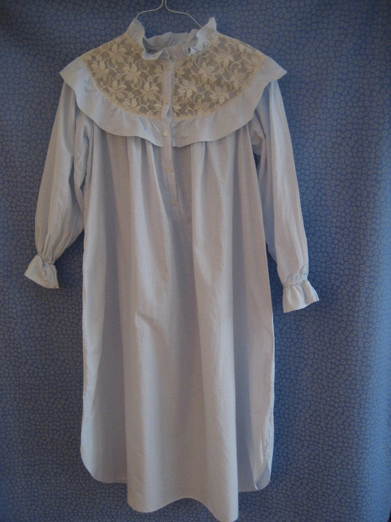 old fashioned nightgown victorian nightgown colonial nightgown