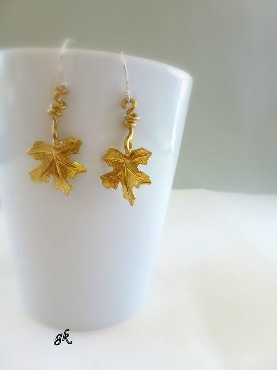 Nature Leaf Jewelry, Vine leaf earrings, inspired by Autumn
