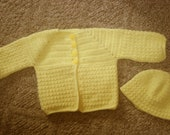 pale Yellow Baby Sweater with matching Hat 6 to 12 months