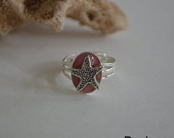 Seashell Jewelry ... Silver Starfish Ring ... Pink (0596)