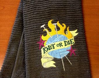 Knit or die hand towel