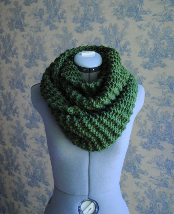 Infinity Scarf- Forest Green