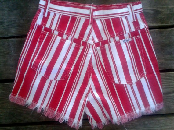 Womens Vintage 90s Striped Red and White High Waist Frayed Bonjour Shorts