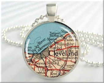 Cleveland Map Pendant, Resin Charm, Cleveland Ohio Map Necklace, Picture Jewelry, Round Silver, Map Charm, Gift Under 20 (338RS)