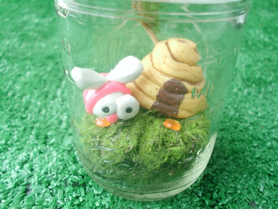 Bumble Bee in a Jar Garden Polymer Clay Doll Miniature Polymer Clay Figurine Terrarium Insect Bee Hive