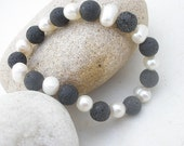 Lava - White Pearl Stretch Elastic Bracelet