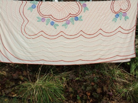 Pastel Pink Chenille Bedspread Cover, Twin Sized Bed Cover with wonderful textured design  embellishments in very good condition