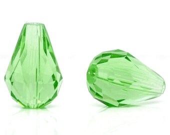 8 Green Glass Beads - Crystal Quartz - Faceted - Teardrop - 14x10mm - Ships IMMEDIATELY from California - G76