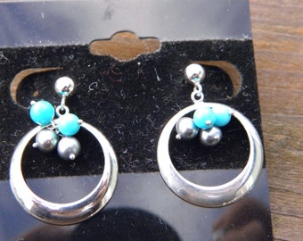 Beautiful Vintage Sterling Silver Turquoise and Black Pearl Dangle Earrings