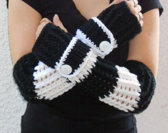 black and white arm warmers, fingerless gloves, texting gloves, crochet gloves, wrist warmers, hand warmers, mittens, teen fashion gloves