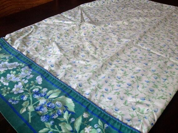 Vintage Laura Ashley Blue Flower Pillow Case Set