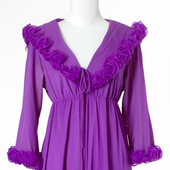 70s Vintage Nightgown Dressing Gown Purple Ruffles Small Medium