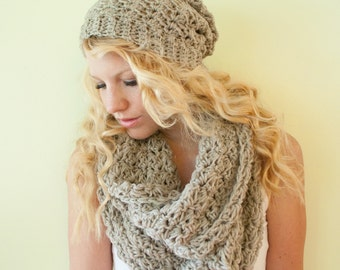 The Chunky Cowl Scarf Shawl  - oatmeal - infinity