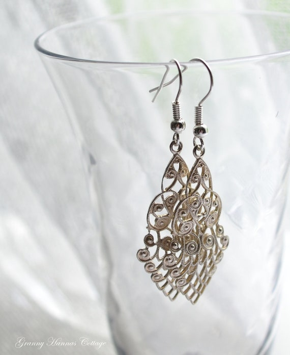 Silver filigree earrings vintage salvaged pendants chandelier style