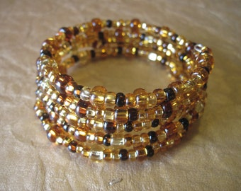Glass bead memory wire bracelet - gold, brown, amber