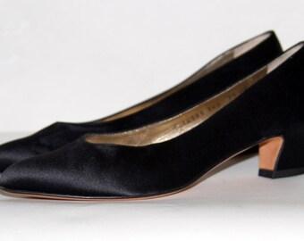 Vintage Ferragamo Heels Size 7 1/2 AA