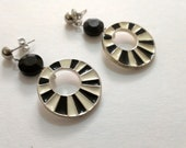 Black and White Mod 1950s earrings