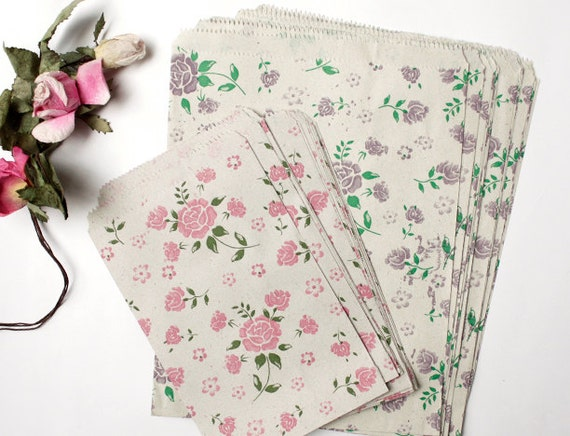 Vintage Style Rose Printed Paper Bag in 2 Colors Assort of Sweet Flora Pattern - Set of 40, for craft , gift wrapping