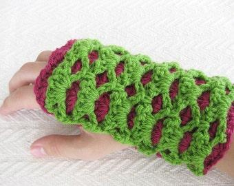 Crochet PATTERN Fingerless Gloves - Reversible Shells