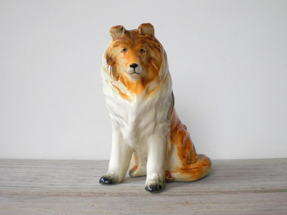 Vintage / dog figurine / Collie / made in Japan / home decor / collectible / dogs / dog lover gift idea / mid century /