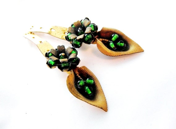 Antique Green Glass Cally Lily Shoe Clips