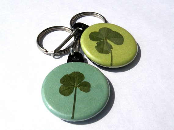 real four leaf clover keychains