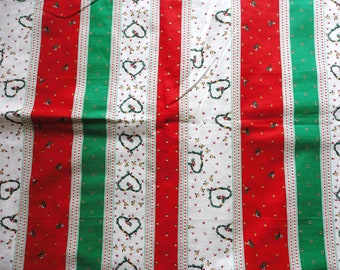 red and green vintage christmas print cotton fabric pillow case