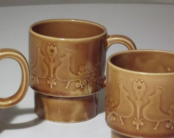 4 Vintage Stackable Mugs/Cups with Rooster Motif Made in Japan