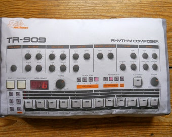 Minimachine 909 Pillow