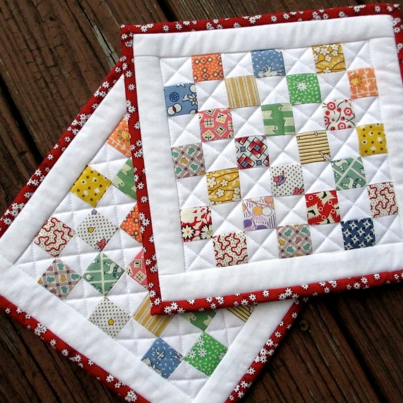 Homemade Pot Holders: Quilted Pot Holders Vintage Look Hot Pads Feedsack Set Of