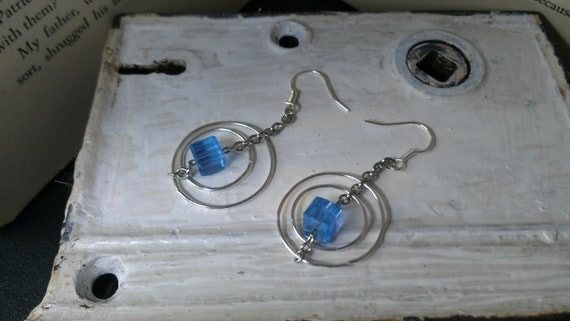 Round Double Loop Czech Earrings (Mixed Colors)