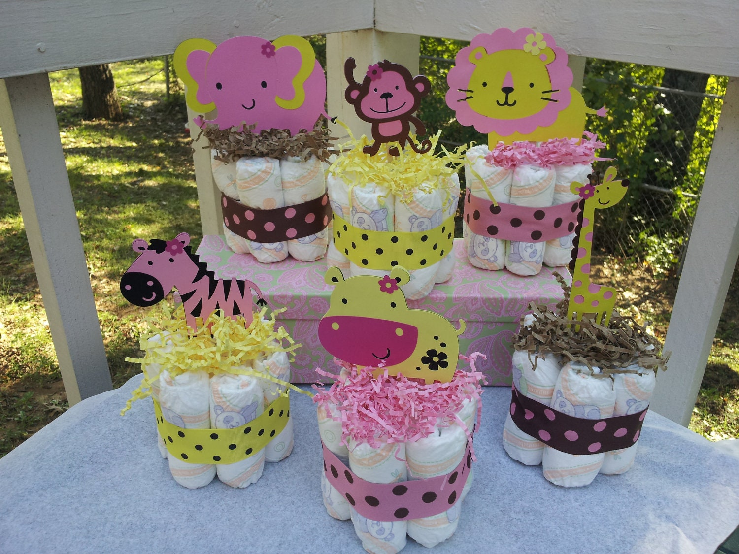 6 Jungle theme mini diaper cakes for GIRL baby shower