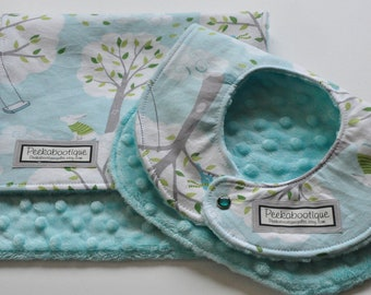 BIb and BURP Cloth Gift Set in Windy Day with aqua minky, Bibs and Burpies