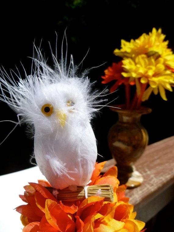 White Feather Owl Satin Wrapped Pen (One Pen)