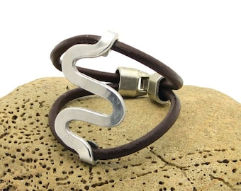 EXPRESS SHIPPING Women bracelet.Handmade brown leather women's bracelet with silver plated clasp.