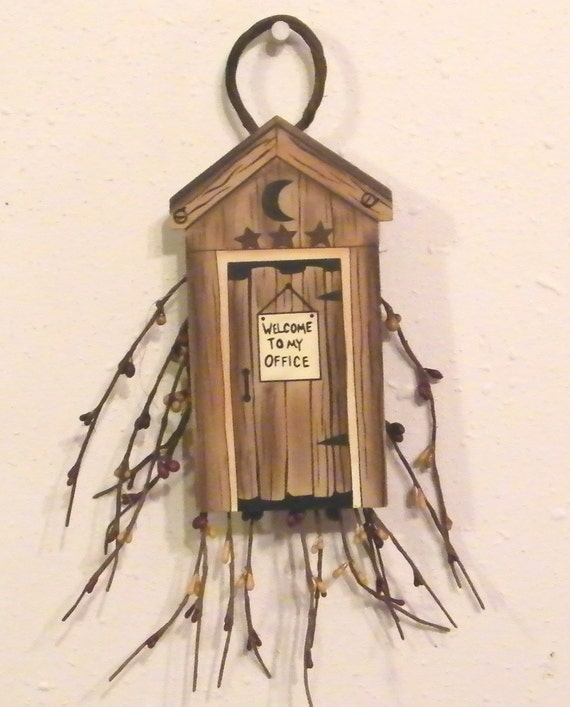 Primitive Berry Swag OUTHOUSE Sign Bathroom Bath Decor Free Shipping