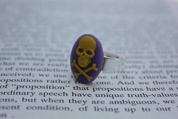 Yellow On Purple Skull & Crossbones Cameo Ring - Silver (Adjustable)
