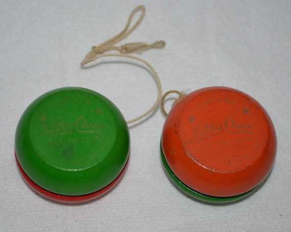 Vintage Wooden Duncan Yoyo Kitty Clover by ...