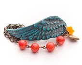Under My Wing Polymer Clay Wing Clasp Beaded & Vintage Chain Bracelet - Distlefunk2