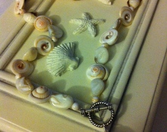 Shell Necklace 17 inches with larger shell pendant