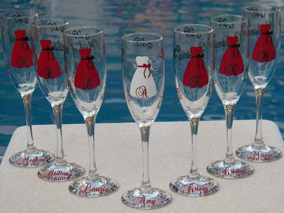 7 Personalized Bride and Bridesmaid Champagne Flute Set,Great Bridesmaid Gifts - Merlot and Black Option
