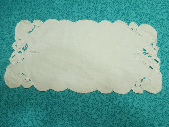 Vintage white 11x5.5 inch linen embroidered doily  for housewares, table, hanky, home decor, candles, vases, flowers by MarlenesAttic