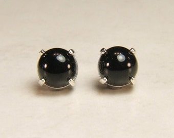 Onyx (Black Onyx), 6mm 0.90 Carat, Cabochon Cut, Sterling Silver Post Earrings